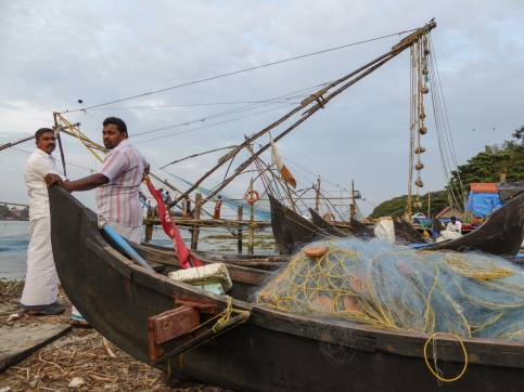 Inde_Kerala _fishing net-men